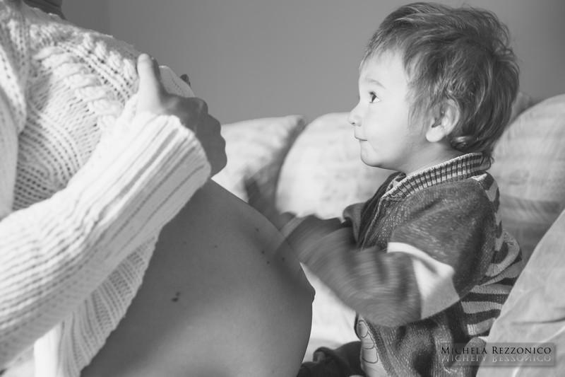 michelarezzonico_fotografa_ritratti_maternità_gravidanza_mamma_como_italia_0012